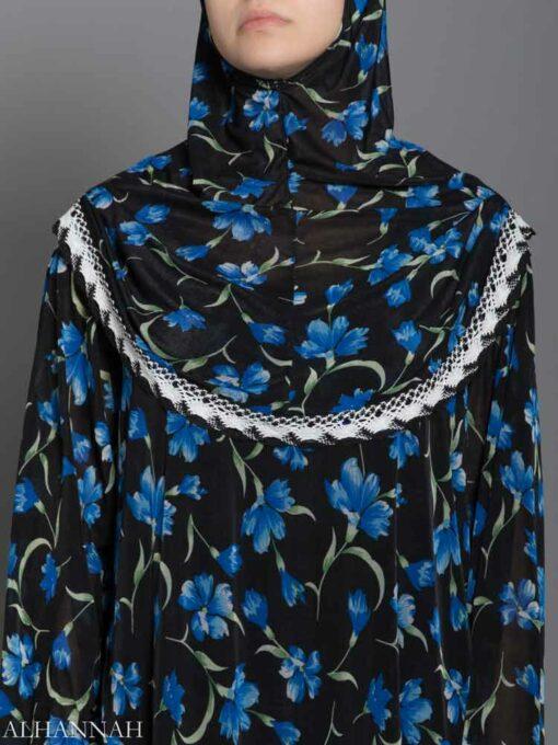 Blue-Rose Vines Prayer Outfit Closseup