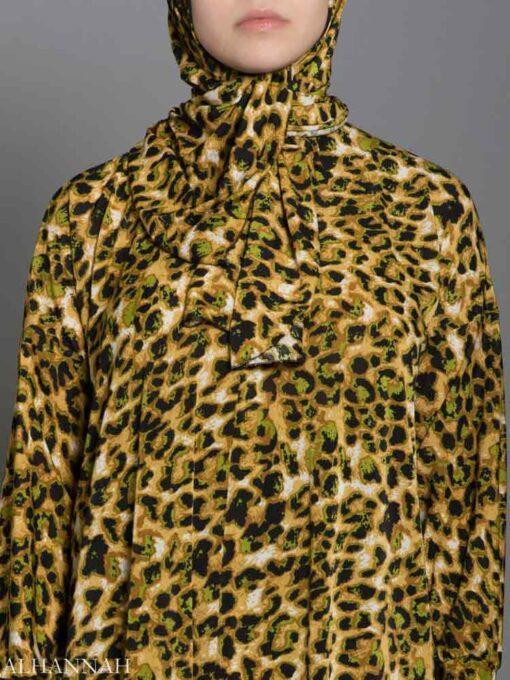 Leopard Print Prayer Outfit Closeup