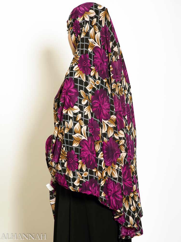 Plum-Blooms-Amira-Hijab